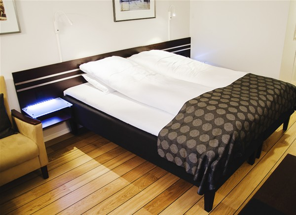 Queen room 2